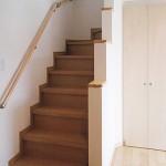 松波町貸家 A棟 階段・階段下収納
